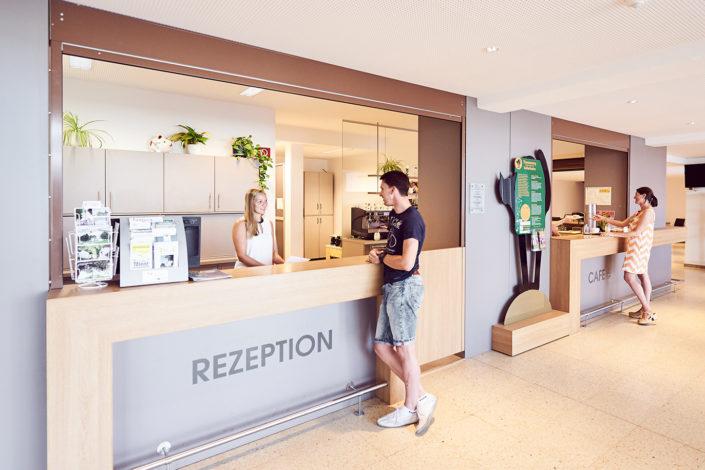 Hotelrezeption Hotelempfang hell