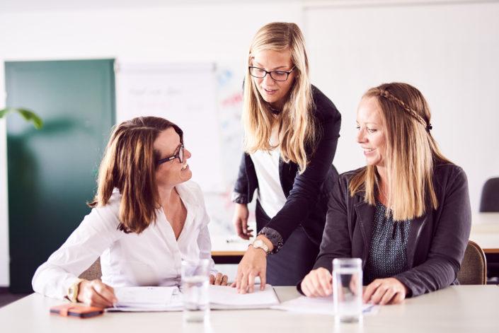Seminar drei Frauen